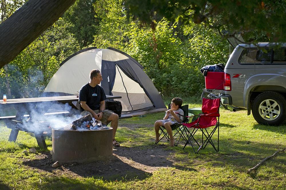 michigan outdoor getaway great weekend escapade in michigan. Black Bedroom Furniture Sets. Home Design Ideas